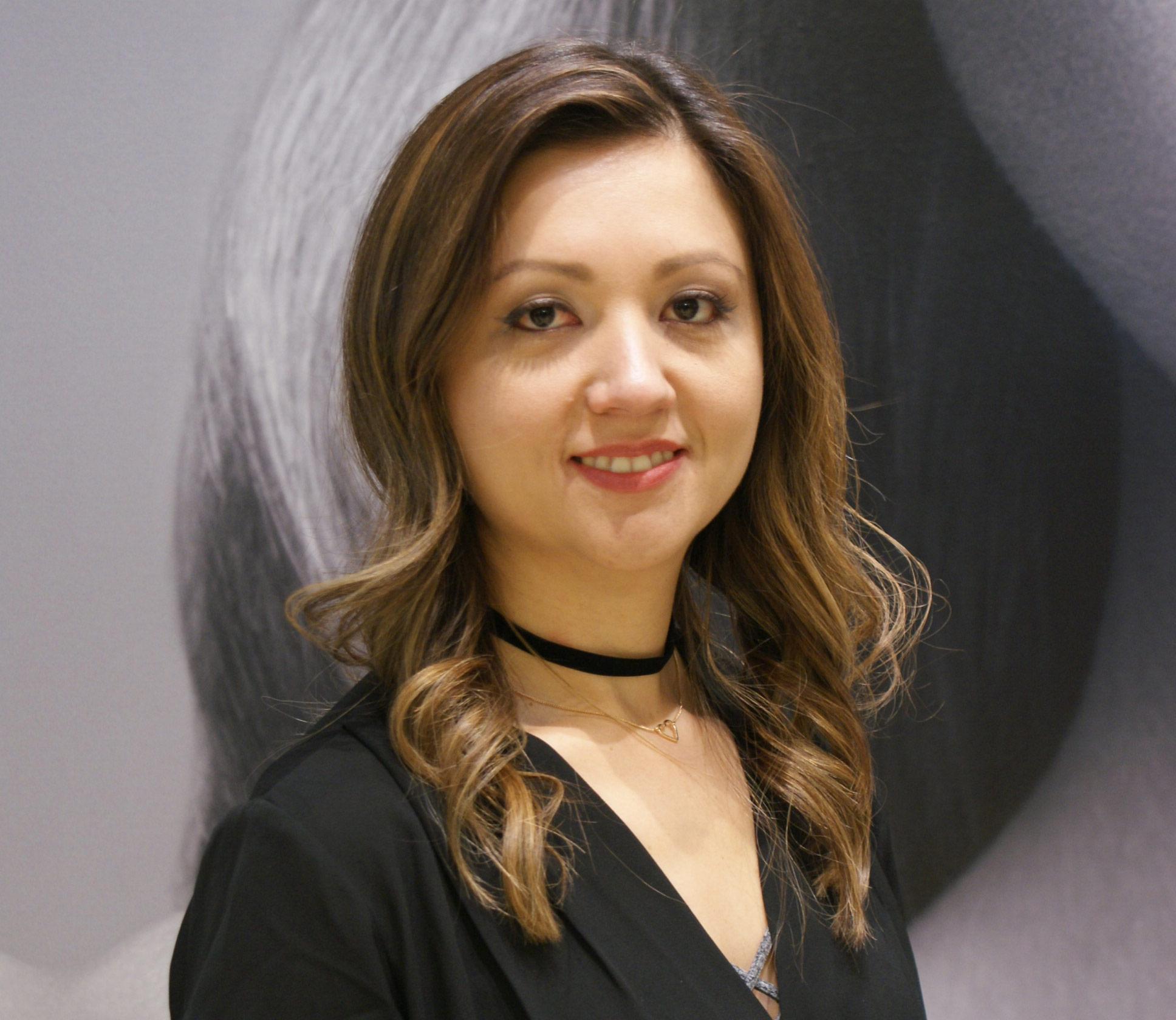 Olga-Hernandez-Cosimos-Salon-Burlington